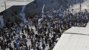 confronto entre palestinos e exército de israel