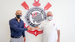 Alessandro e Roberto de Andrade são os diretores do Corinthians