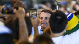 Bolsonaro em aglomeração em Vitória