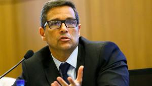 Presidente do Banco Central, Roberto Campos Neto, defende a inovação do Pix com a expansão de funcionalidades