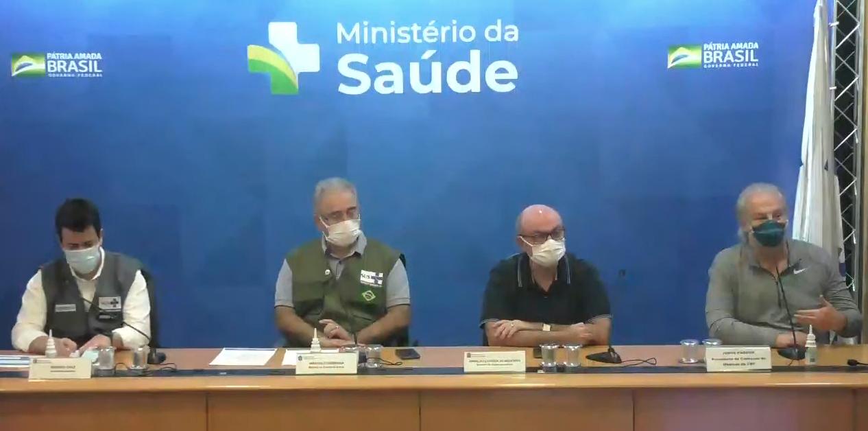Queiroga fala chegada de vacinas da Janssen e Copa América