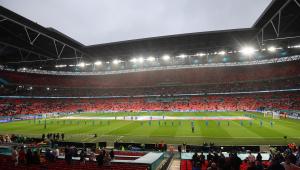 Estádio Wembley, em Londres, poderá receber 60 mil pessoas na final e nas semifinais da Eurocopa