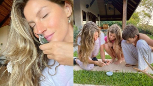 Gisele Bündchen beijando um beija-flor e ao lado com os filhos ajoelhados no jardim