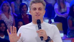 'O domingo já é do Luciano Huck', diz roteirista da Globo que trabalhou com Faustão