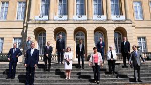 ministros reunidos