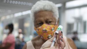 Rio de Janeiro diz que vacinação contra a Covid-19 está normalizada
