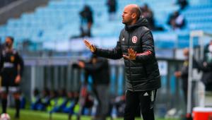Miguel Ángel Ramírez foi demitido pelo Internacional após a eliminação na Copa do Brasil