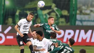 De 'ressaca', Palmeiras e Corinthians empatam em 1 a 1 pelo Brasileirão