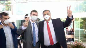 O deputado Marcelo Freixo e o governador Flávio Dino se filiam ao PSB