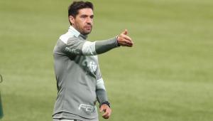 Abel Ferreira durante partida entre Palmeiras e Bahia