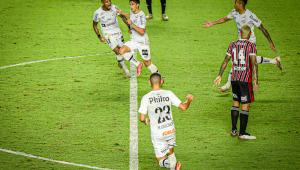 Gabriel Pirani marcou na vitória do Santos contra o São Paulo, pela quinta rodada do Campeonato Brasileiro