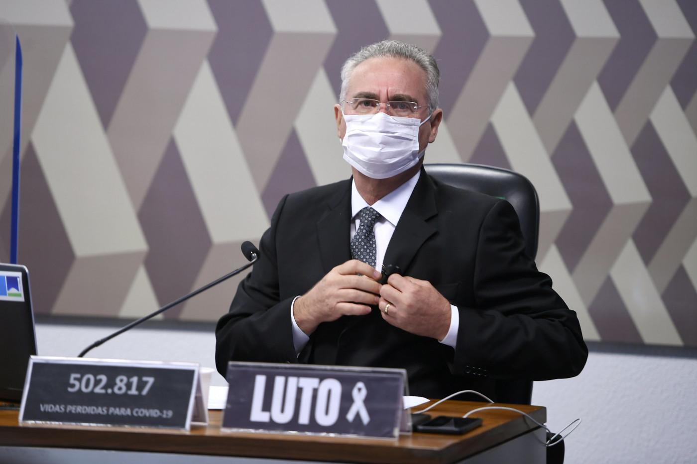 Senador Renan Calheiros durante a CPI da Covid-19