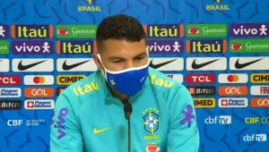 Thiago Silva durante entrevista coletiva