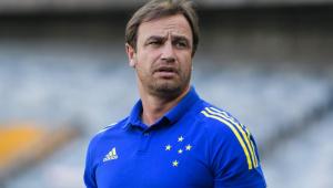 Felipe Conceição, treinador do Cruzeiro