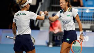 Laura Pigossi e Luisa Stefani foram derrotadas na semifinal do tênis na Tóquio-2020