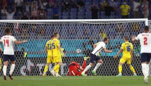 Harry Kane marcou duas vezes na vitória da Inglaterra sobre a Ucrânia