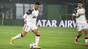 Arrascaeta em Defensa x Flamengo