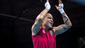 Bia Ferreira está nas quartas de final do boxe até 60 kg