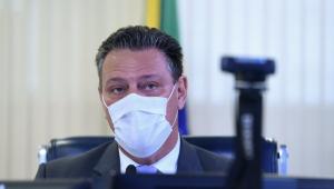 Senador Carlos Fávaro durante sessão