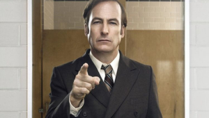 Cartaz de Better Call Saul com Bob Odenkirk apontando o dedo para frente