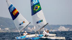 Robert Scheidt caiu para a quarta posição na classe laser da vela nas Olimpíadas de Tóquio