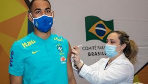 Atletas convocados para os Jogos de Tóquio receberam primeira dose da vacina oferecida pelo Comitê Olímpico Brasileiro