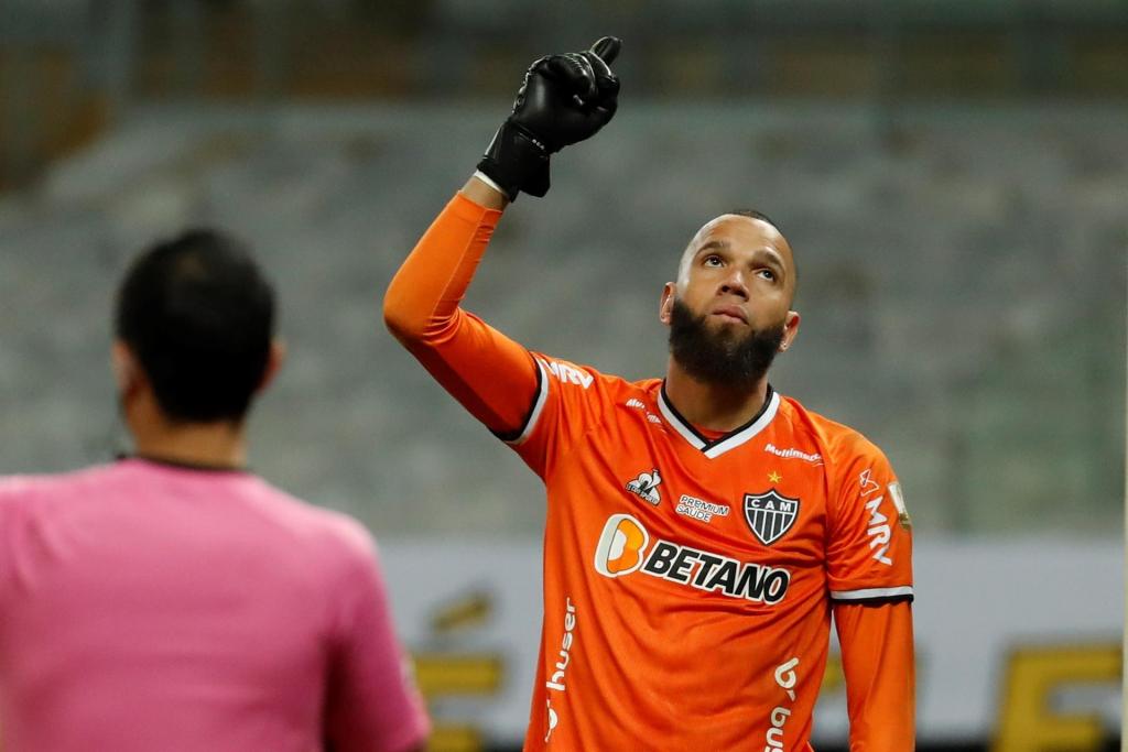 Everson brilha nos pênaltis, Atlético-MG vence o Boca e está nas quartas da Libertadores