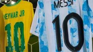 Camisas de Neymar e Messi da final da Copa América