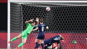 A Grã-Bretanha venceu o Chile por 2 a 0 na estreia do futebol feminino em Tóquio-2020