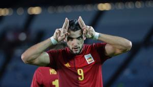 Rafa Mir marcou três vezes na vitória da Espanha sobre a Costa do Marfim