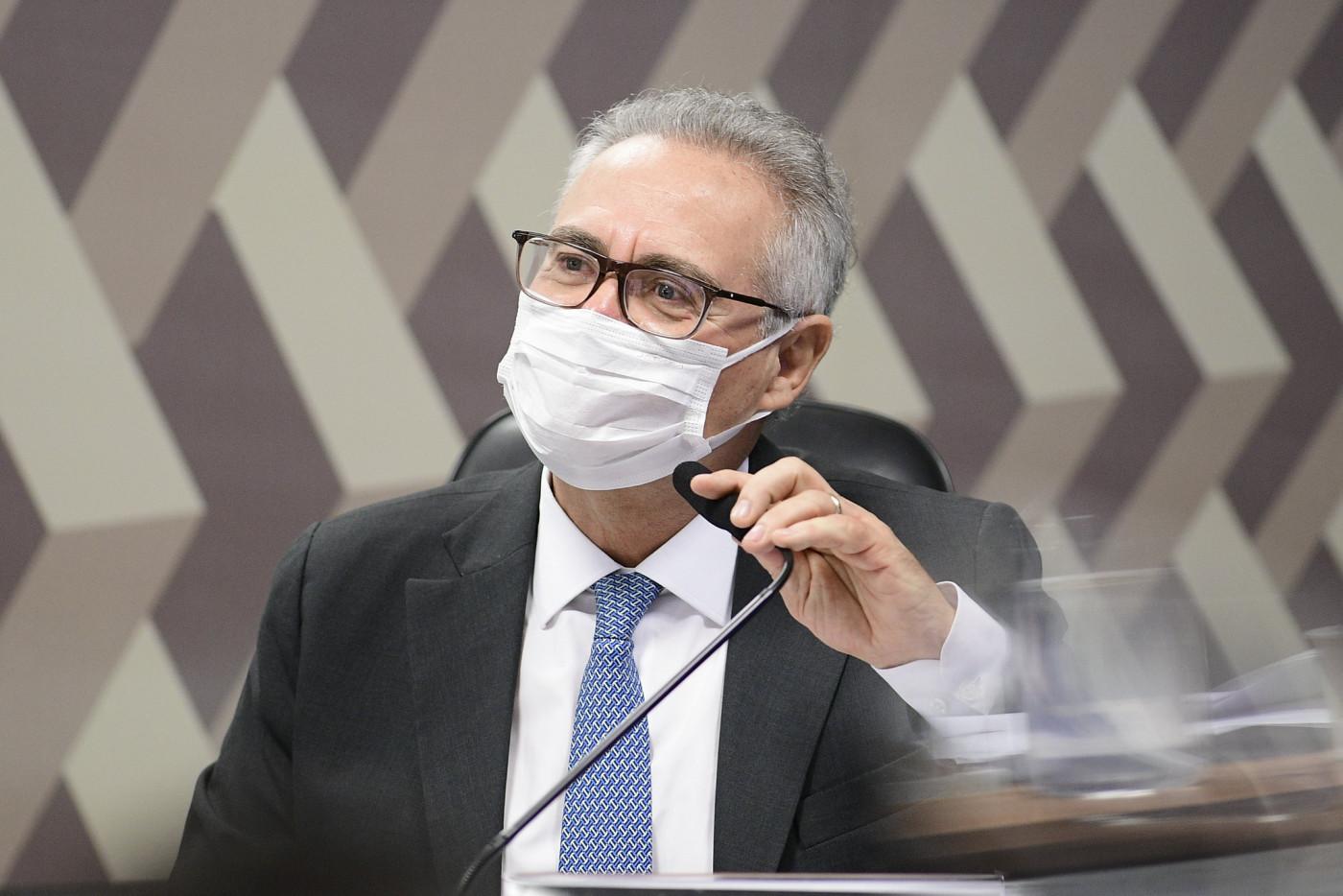 O relator da CPI da Covid-19, Renan Calheiros, durante sessão do colegiado