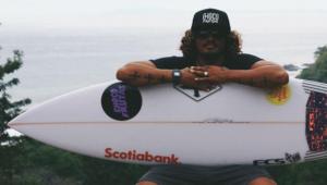 Surfista Carlos Munoz