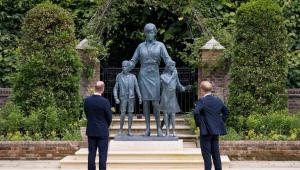 william e harry vendo estátua da princesa diana