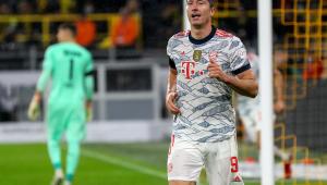 Robert Lewandowski marcou duas vezes na vitória do Bayern sobre o Borussia pela Supercopa da Alemanha