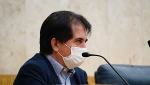 Eli Corrêia no plenário da Câmara Municipal de São Paulo