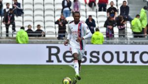 Marcelo, zagueiro do Lyon, foi punido por mau comportamento