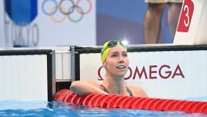 australina Emma McKeon na piscina