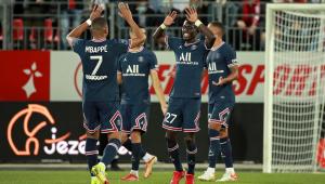 O PSG venceu o Brestois por 4 a 2 ainda sem contar com Messi