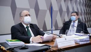 Indicado para recondução ao cargo de procurador-geral da República, com mandato de dois anos, Antônio Augusto Brandão de Aras; presidente da CCJ, senador Davi Alcolumbre