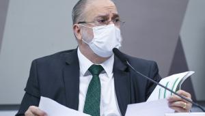 Em pronunciamento, à mesa, indicado para recondução ao cargo de procurador-geral da República, com mandato de dois anos, Antônio Augusto Brandão de Aras