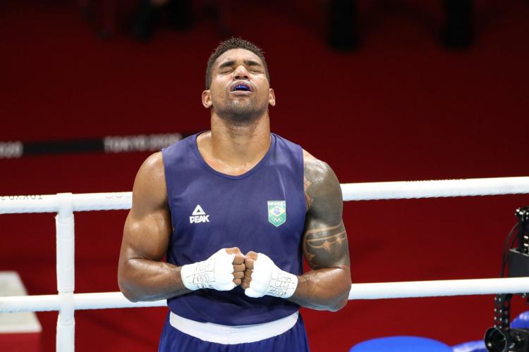 Abner Teixeira foi bronze no peso pesado do boxe nas Olimpíadas de Tóquio