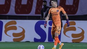Tiago Volpi falhou durante o empate entre São Paulo e Fortaleza, pela Copa do Brasil