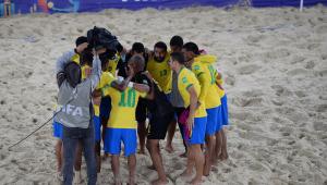 Brasil é derrotado por Senegal na prorrogação e está fora da Copa do Mundo de futebol de areia