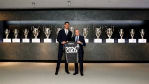 Thibaut Courtois renovou com o Real Madrid até 2026