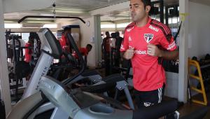 Éder treinando no São Paulo