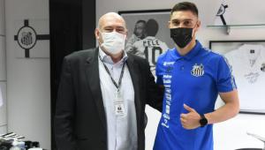 Santos anunciou Emiliano Velázquez como novo reforço