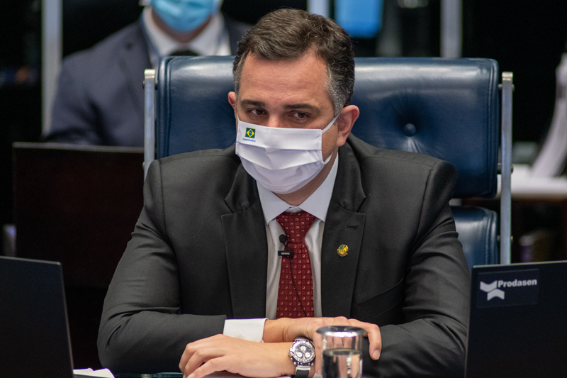 O presidente do Senado, Rodrigo Pacheco, em plenário