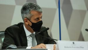 Ex-diretor de logística do Ministério da Saúde Roberto Ferreira Dias durante depoimento à CPI da Covid-19
