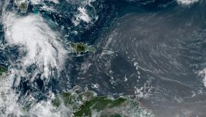 imagem aérea de furacão