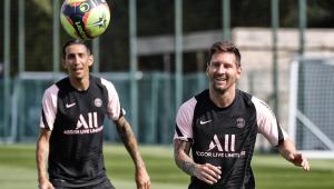 Com contusão óssea no joelho, Messi vira desfalque para o PSG no Francês
